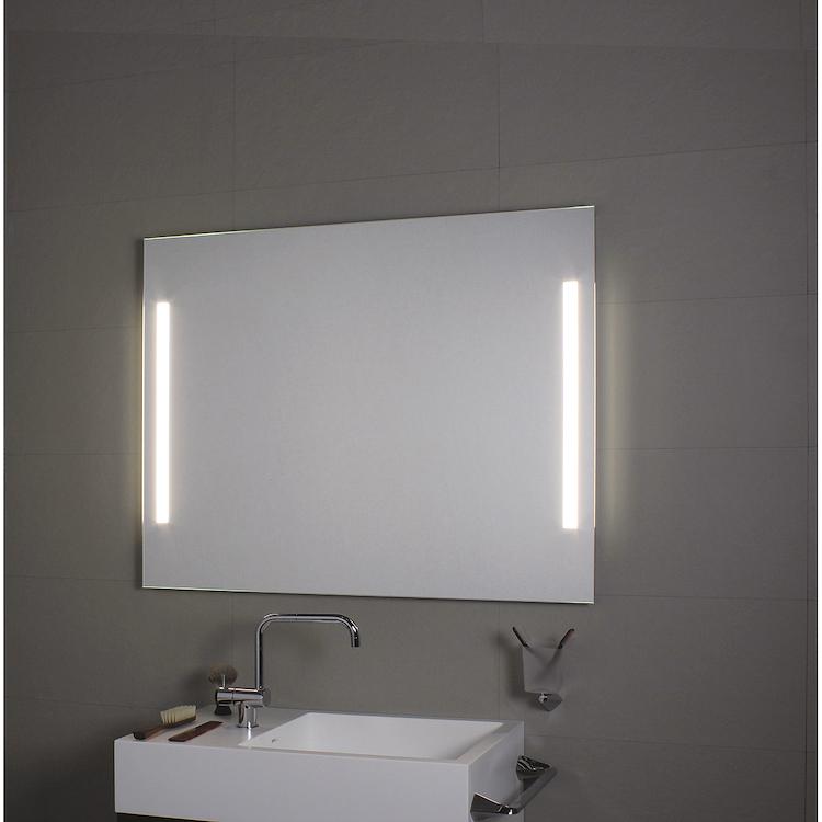 COMFORT LINE LED LC0324 SPECCHIO LUNGHEZZA 140 ALTEZZA 60 ILLUMINAZIONE LATERALE codice prod: LC0324 product photo