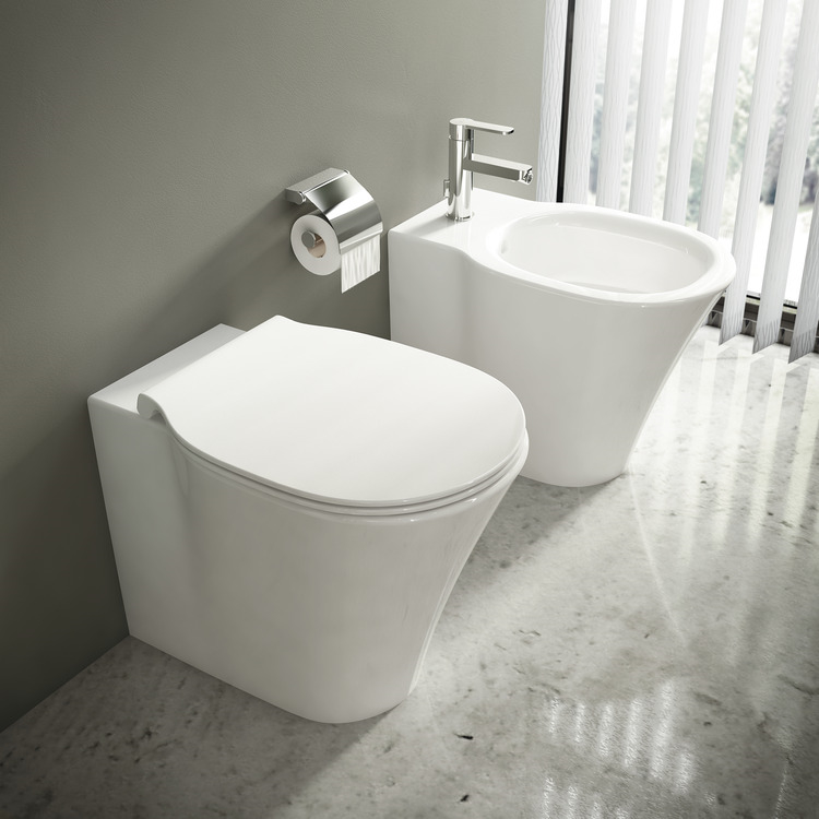 SERIE CONNECT AIR AQUABLADE FILO PARETE  WC E004901   + BIDET E018001  + SEDILE product photo